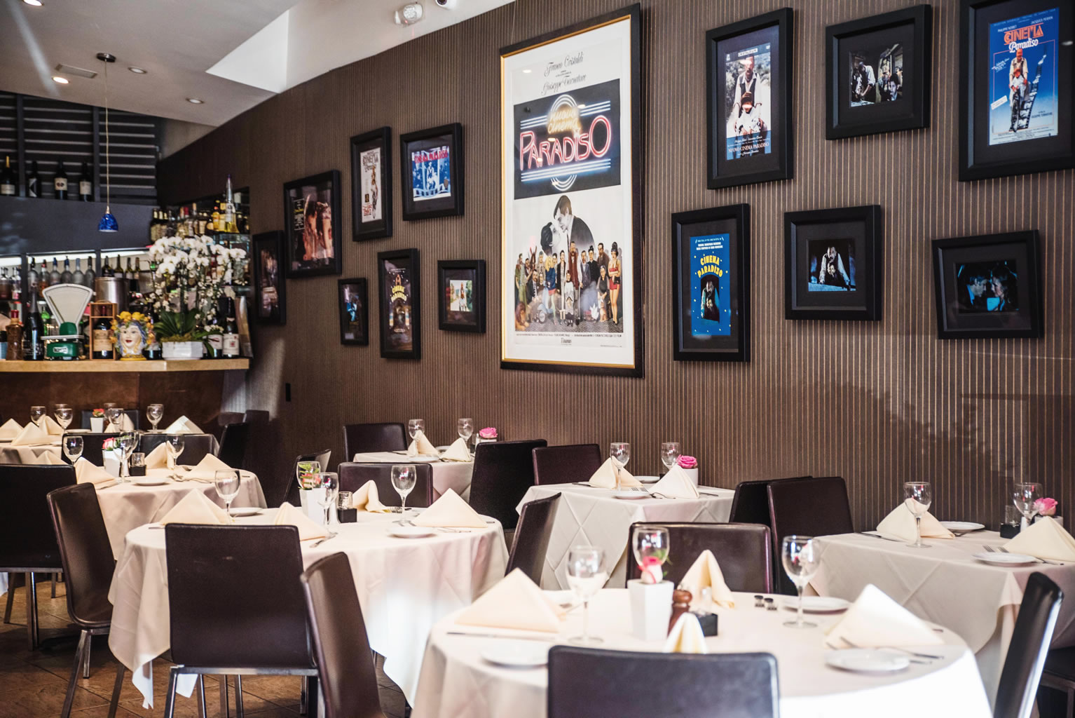 Piccolo Paradiso - Restaurant Dining Setting in Gallery-60428340